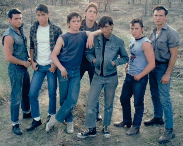 THE OUTSIDERS E-et-cie-the-greasers-403fda6