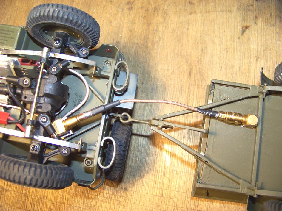 Jeep Danbury 1/16e, motorisée Sumo + remorque Bantam 1/4 t 100_2894-433f846